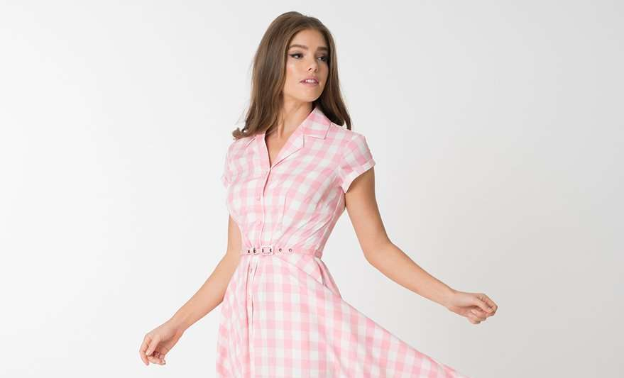 long pink gingham dress post thumbnail